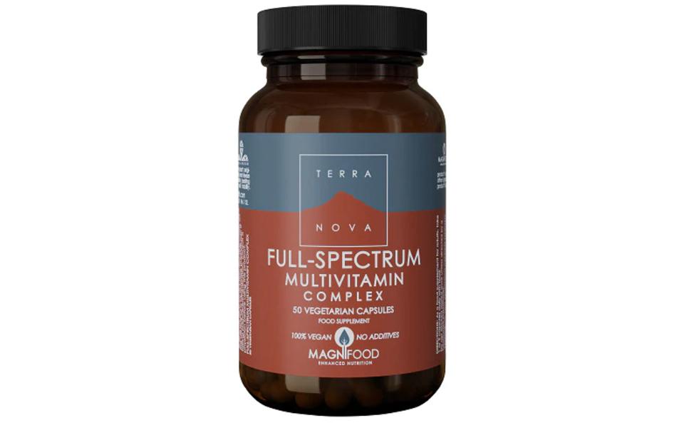 Flacon cu multivitamine pentru vegani Terranova Full-Spectrum.